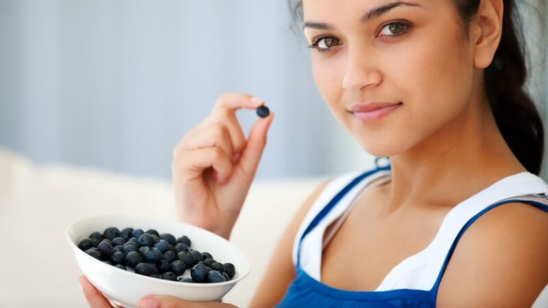 How to Select and Store Blueberries